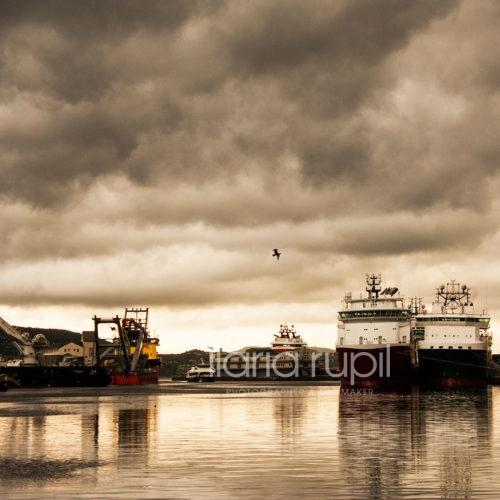 Cloudburst in the Harbour