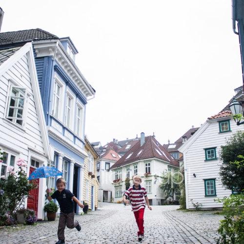 Sydneskleiven, in the Old Port Quarter of Sydnes